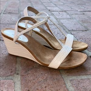 Style & Co wedge